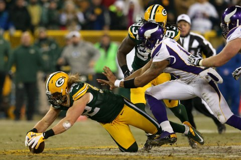 Clay Matthews was on point in Saturday Night's game against the Vikings