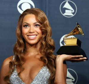 Beyonce shows why we don't cover the Grammy Awards on this website