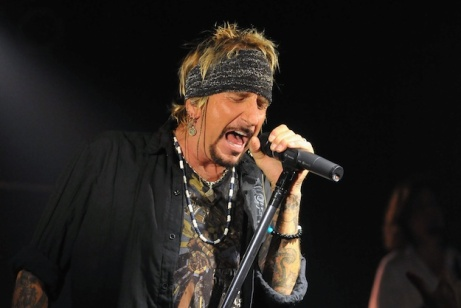 Jack Russell's Great White In Concert